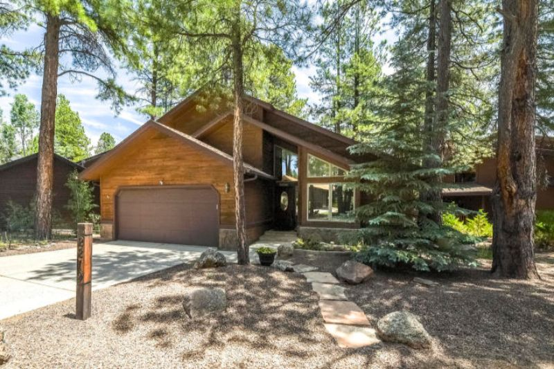 Escape the Summer Heat – Cabins for Sale in Flagstaff